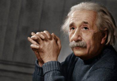 PERCHÉ IL SOCIALISMO? di Albert Einstein
